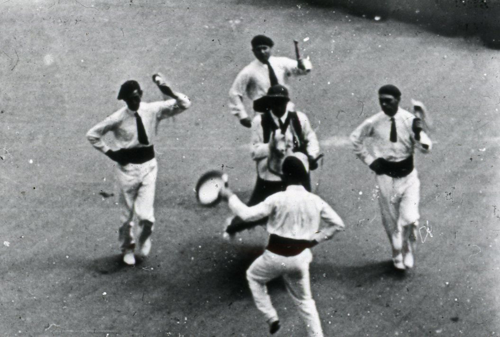 Le chevalet d'Agde à Béziers en juillet 1939